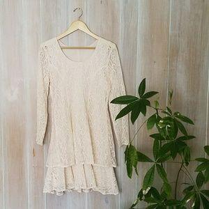 Flapper-Style Lace Mini Dress